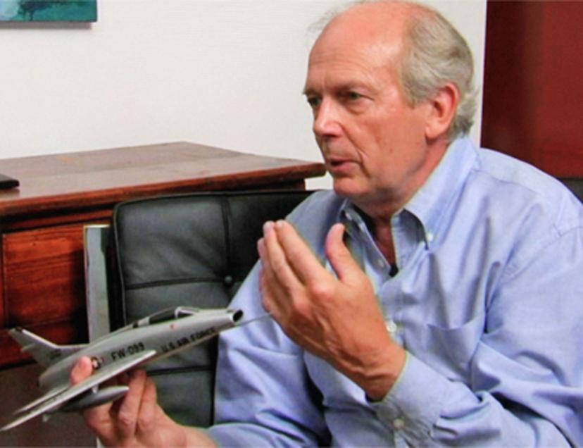 Tom Bunn with USAF jet