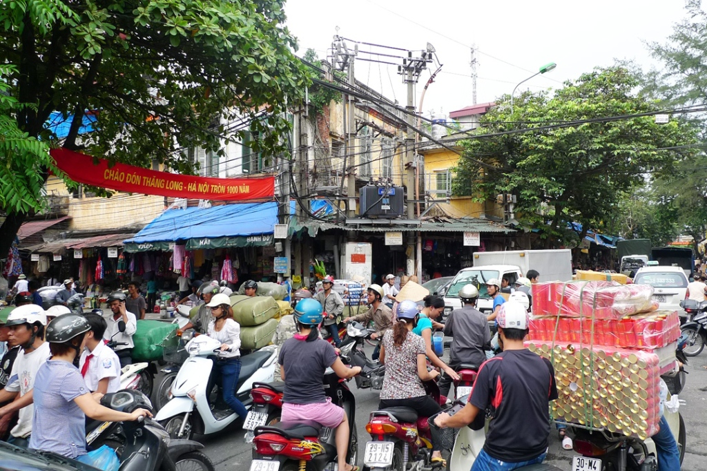 Hanoi, Traffic