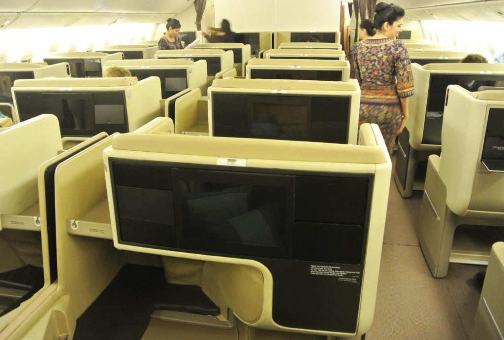 Singapore 777 forward